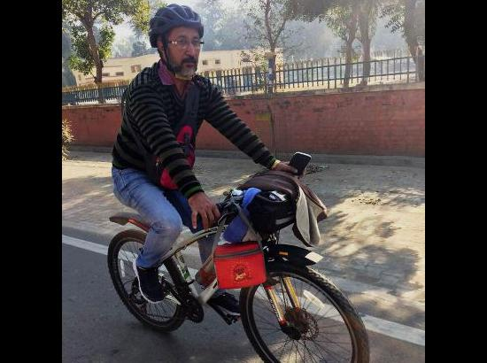 Vipan Sharma Tehsildar loves cycling, reaches office on cycle