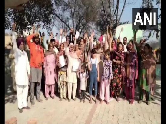 Send one family member to Delhi Kisan Morcha or pay Rs 1500 fine: Punjab's village Gram Pa