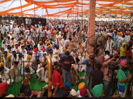 Massive gathering at Bargari : Panthak leaders, AAP MLAs seek justice on 3rd Behbal Kalan