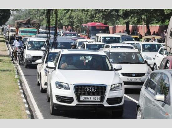 Almost every family in Chandigarh has two cars/vehicles; City lacks in good mass rapid transport system