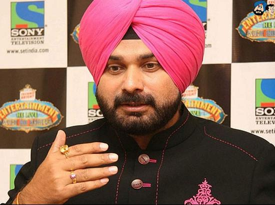 Can Navjot Sidhu Fill Leadership Void in APP ? ... Answers Raju William