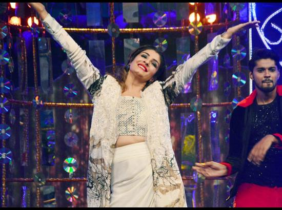 Raveena Tandon - Bangla dance reality