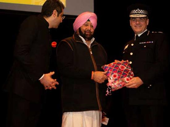 Photo Feature : Capt Amarinder , other dignitaries  and NRIs in a function at Birmingham ,