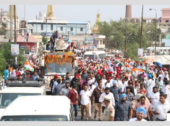 Capt Amarinder @Road Show : Akalis, Bjp Indulging In Fear Mongering, Rejects Possibility Of Terror Revival In Punjab