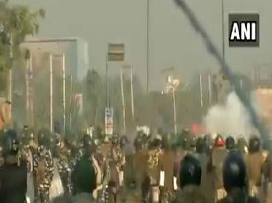 'Delhi chalo': Police use tear gas shells to disperse protesting farmers at Singhu border