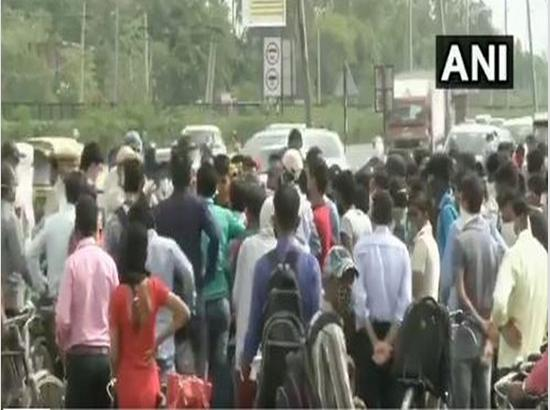 Chaos erupts at Gurugram-Delhi border as Haryana seals Delhi border