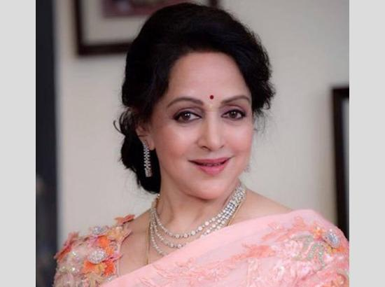 On Hema Malini's birthday, a look at her 5 exceptional characters