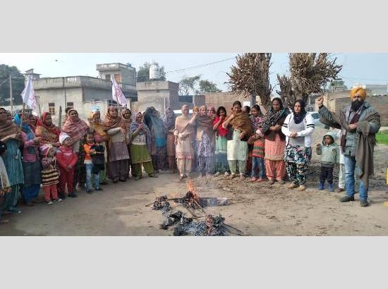 Farmers observe Mahila Kisan Diwas as stir against 3-Farm Laws enters 55th day