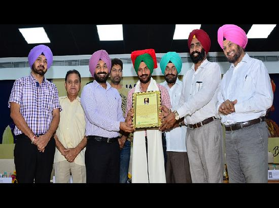 Chandigarh University honours Pammi Bai with Lifetime Achievement Award