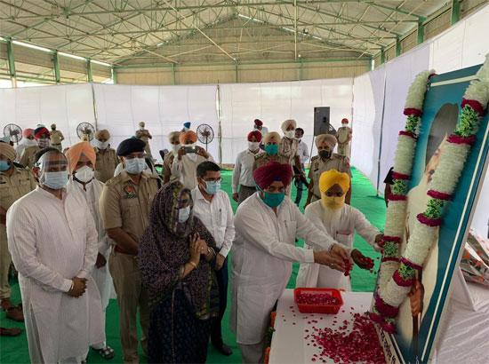 Dharamsot pays tributes to Sant Harchand Singh Longowal on 35th martyrdom day