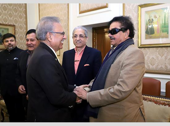 Lahore : Indian politician and Actor called on President of Pakistan Arif Alvi