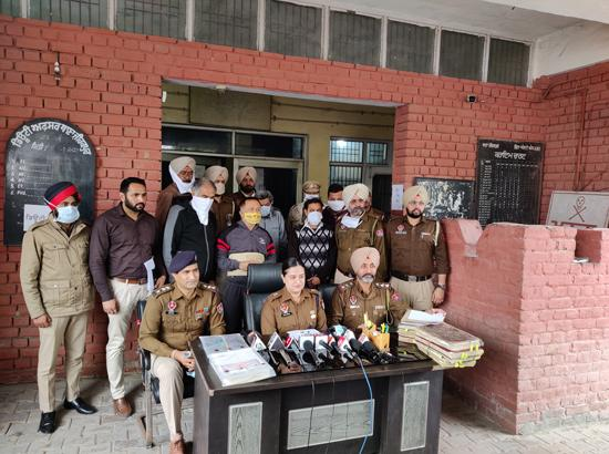 Zirakpur police bust stamp paper scam by arresting five gang members