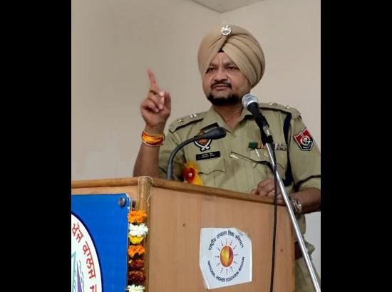 20 addicts come forward for de-addiction during anti-drug drivein Jagraon area