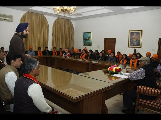 Students from North-East call on Governor Punjab