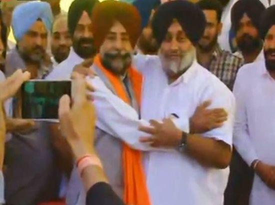 Jagmeet Brar prostrated before Badals after offering to 'fix' them: Amarinder
